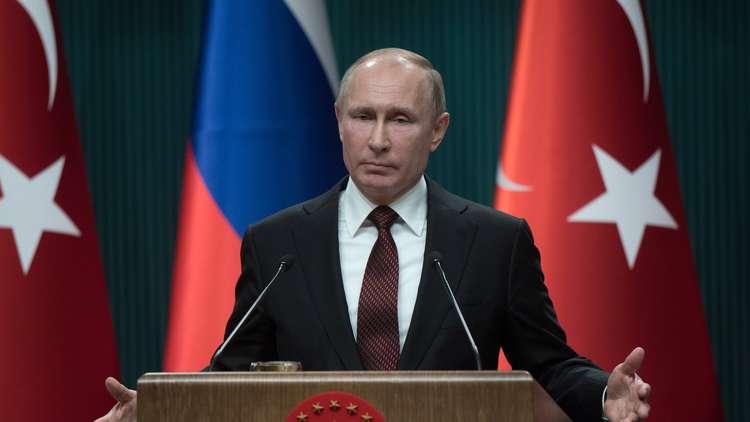 بوتين: الشركات الروسية بدأت إعادة إعمار سوريا