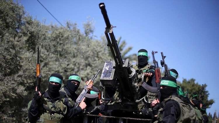 حماس تستهجن وتطالب بإنهاء كل أشكال التطبيع والتواصل مع إسرائيل