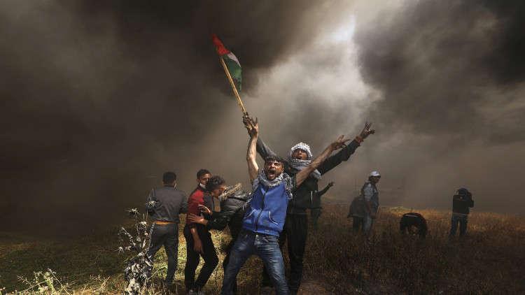 10 قتلى وأكثر من 1300 جريح في الجمعة الثانية من مسيرة العودة في فلسطين