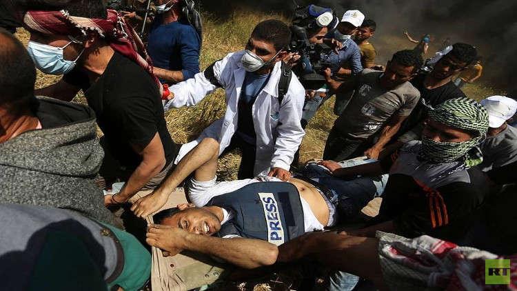 مقتل صحفي فلسطيني وإصابة آخرين برصاص الجيش الإسرائيلي