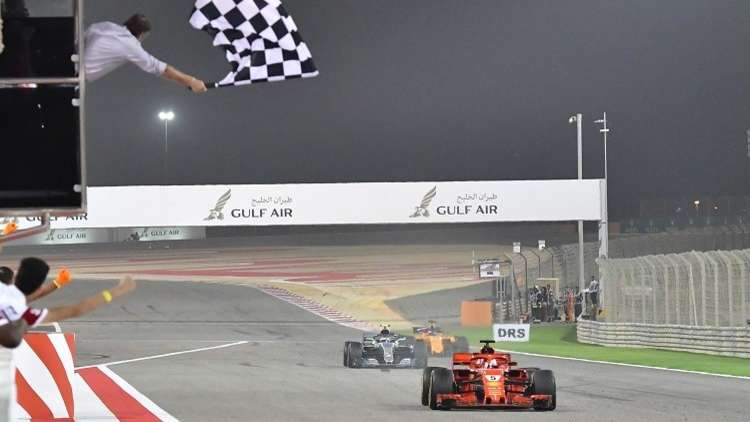 فيتل يتوج بجائزة البحرين الكبرى.. فيديو