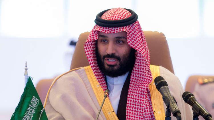 ولي العهد السعودي يبدأ لقاءاته الرسمية في باريس