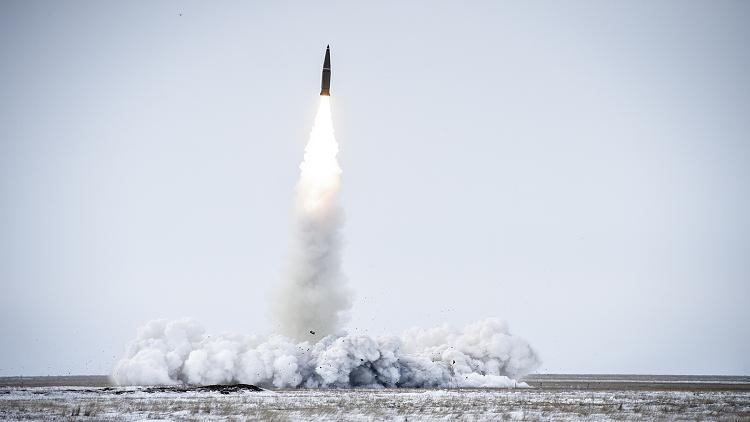 أين يقع أفضل موقع إطلاق صواريخ في العالم؟