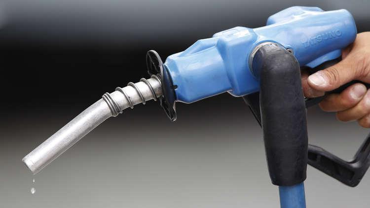 إيران تحقق الاكتفاء الذاتي من مادة البنزين