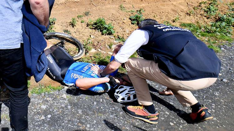 وفاة دراج بلجيكي خلال طواف في فرنسا