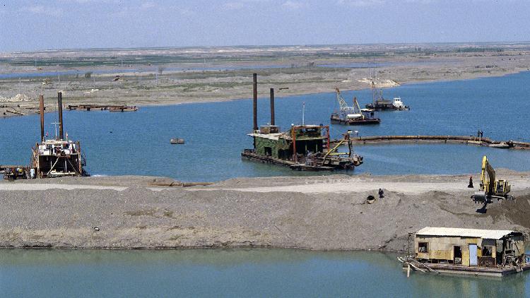 تأسيس خط نقل تجاري عملاق يصل إيران بالبحر المتوسط