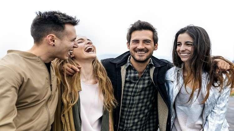 دراسة تكشف الوقت اللازم للعثور على صديق العمر