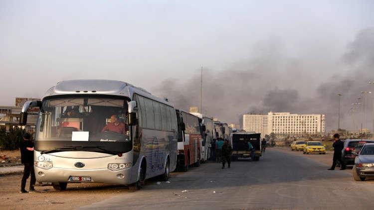 12 ألف شخص خرجوا من دوما في غوطة دمشق الشرقية في أبريل