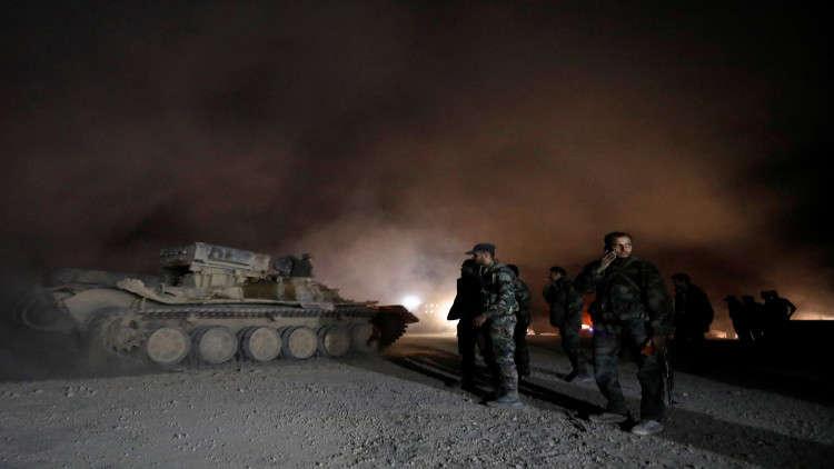 مشاورات غربية موسعة بخصوص توجيه ضربة عسكرية ضد سوريا