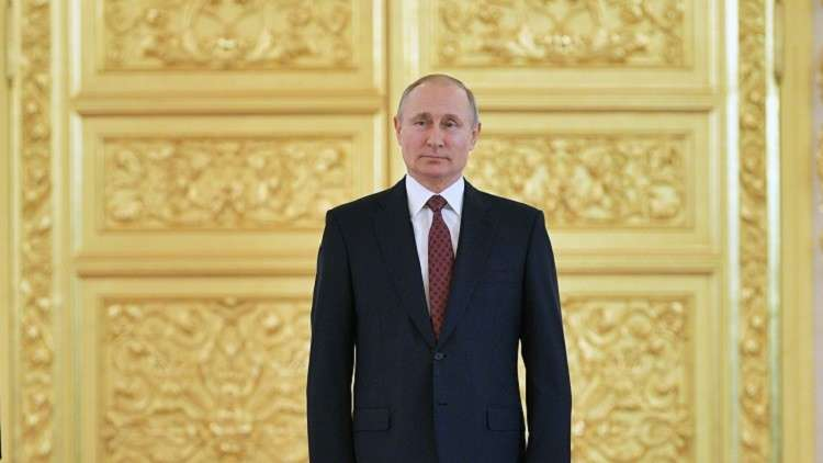 بوتين لسفراء أجانب: العالم يتجه إلى فوضى