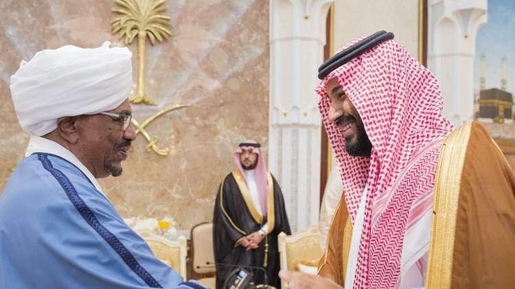 ولي العهد السعودي يعزي الرئيس السوداني بوفاة ابن أخته