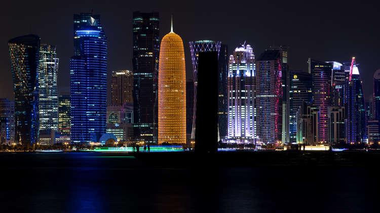 الولايات المتحدة تريد إعادة قطر إلى العائلة العربية