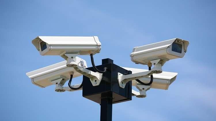 كاميرات التجسس المستقبلية تكشف مشاعرك وأفكارك في لحظات