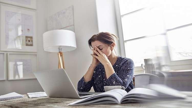 الجلوس لفترات طويلة يسبب أمراضا خطيرة