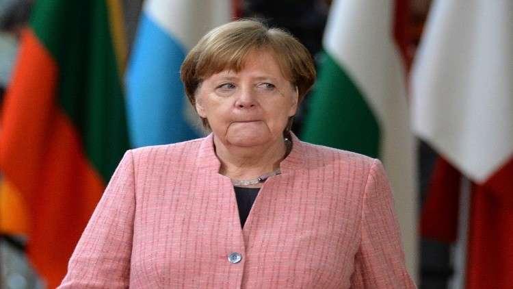 ميركل تعرب عن تأييد بلادها الضربة الغربية لسوريا