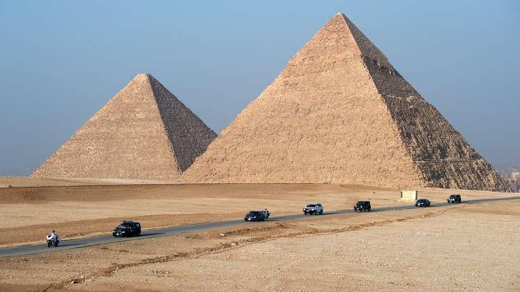 كشف سر هام بخصوص الأهرامات في مصر (فيديو)