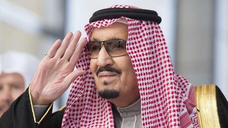 الملك سلمان يرحب بالقادة العرب في قمة الظهران