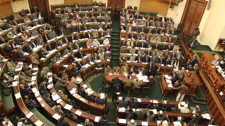 برلماني مصري يعتصم داخل مبنى مجلس النواب
