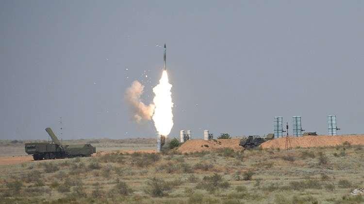 لافروف: مستعدون لبحث تسليم صواريخ إس-300 لسوريا
