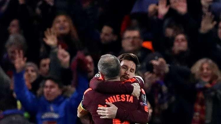 إنييستا يخون برشلونة من أجل