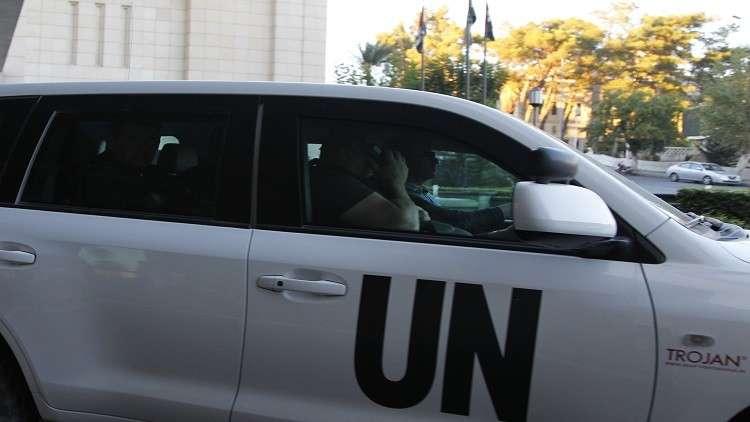 خبراء حظر الأسلحة الكيميائية يصلون إلى دوما يرافقهم وزير الصحة السوري