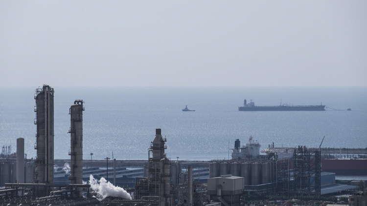 مصرع شخصين في تحطم مروحية إيرانية في مياه الخليج