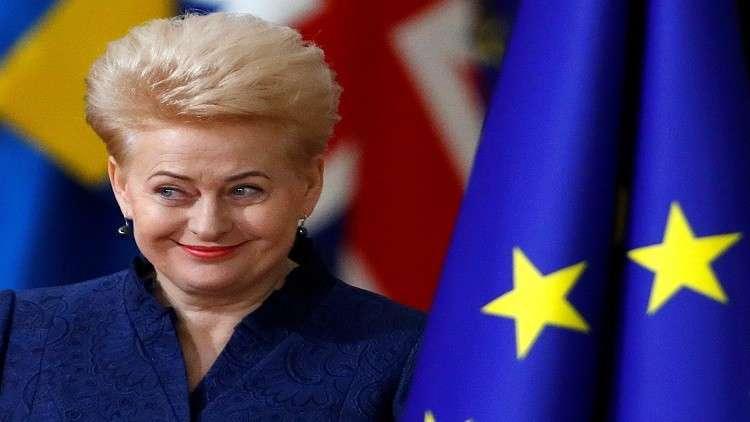 رئيسة ليتوانيا تعتبر رئيس حكومتها عديم المبدئية من حيث المبدأ