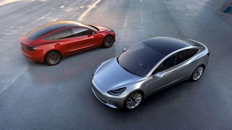 تسلا توقف إنتاج سيارات