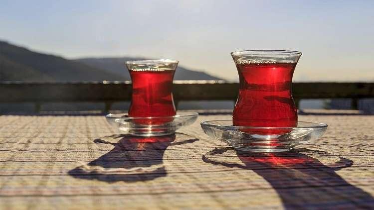 علماء: الشاي يؤثر في جينات النساء دون الرجال!