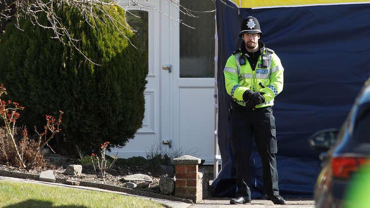 صحيفة: الشرطة البريطانية حددت هوية المشتبه بهم في تسميم سكريبال
