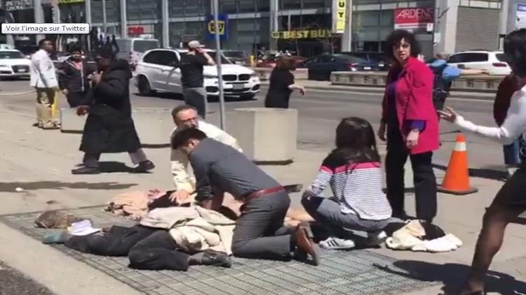 لحظة اعتقال منفذ عملية الدهس في تورونتو