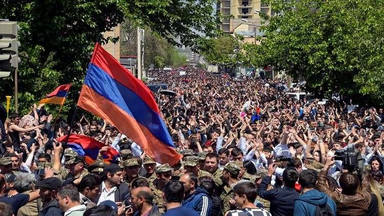 المعارضة في أرمينيا تلغي المفاوضات مع الحكومة