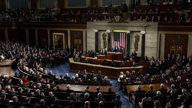 منعطف جديد في المنزلق الأمريكي.. هل يعزل الكونغرس ترامب؟