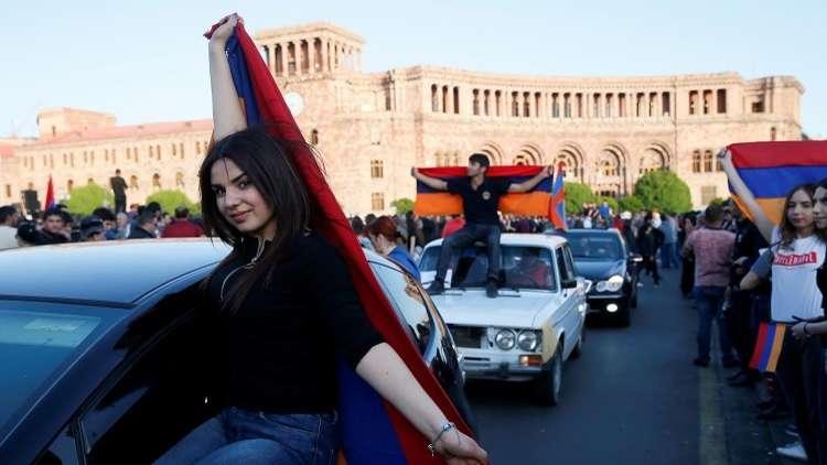 البرلمان الأرمني يبحث انتخاب رئيس وزراء جديد في الـ1 من مايو