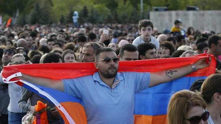وفد أرمني رفيع المستوى في موسكو للتشاور