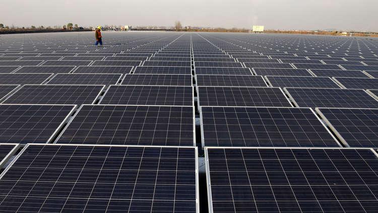افتتاح أكبر محطة للطاقة الشمسية في الأردن
