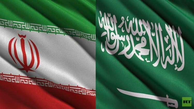 علم إيران يستفز الحضور في أولى بطولات