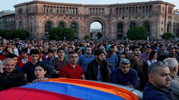 واشنطن تدعو أطراف الأزمة الأرمنية إلى التفاوض