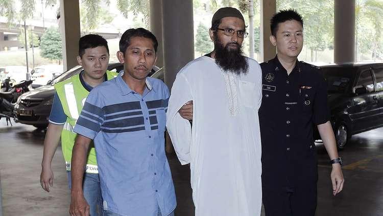عربي يواجه أول إدانة قضائية لنشر أنباء كاذبة في ماليزيا