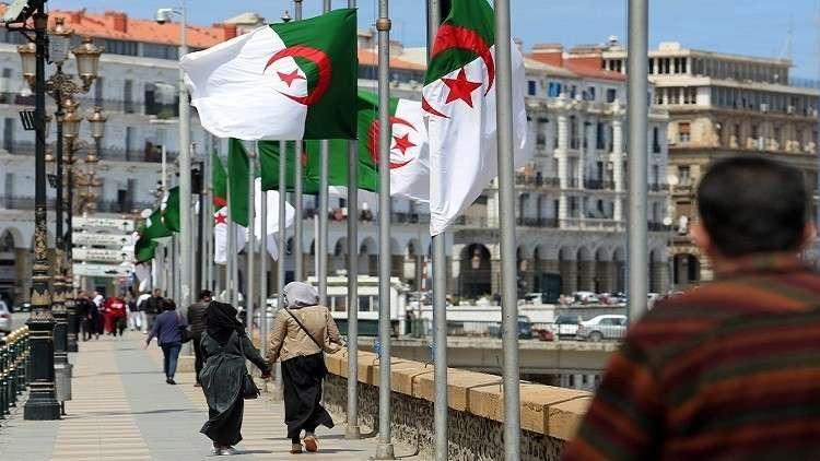 الجزائر بصدد رفع الحظر على استيراد الأجهزة الكهربائية