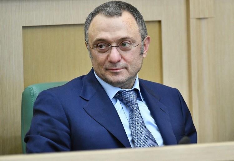 من هم المواطنون الروس الذين فرضت الولايات المتحدة عقوبات عليهم؟