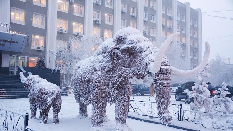 تعرفوا على حياة سكان أبرد مدينة مأهولة في العالم (صور)