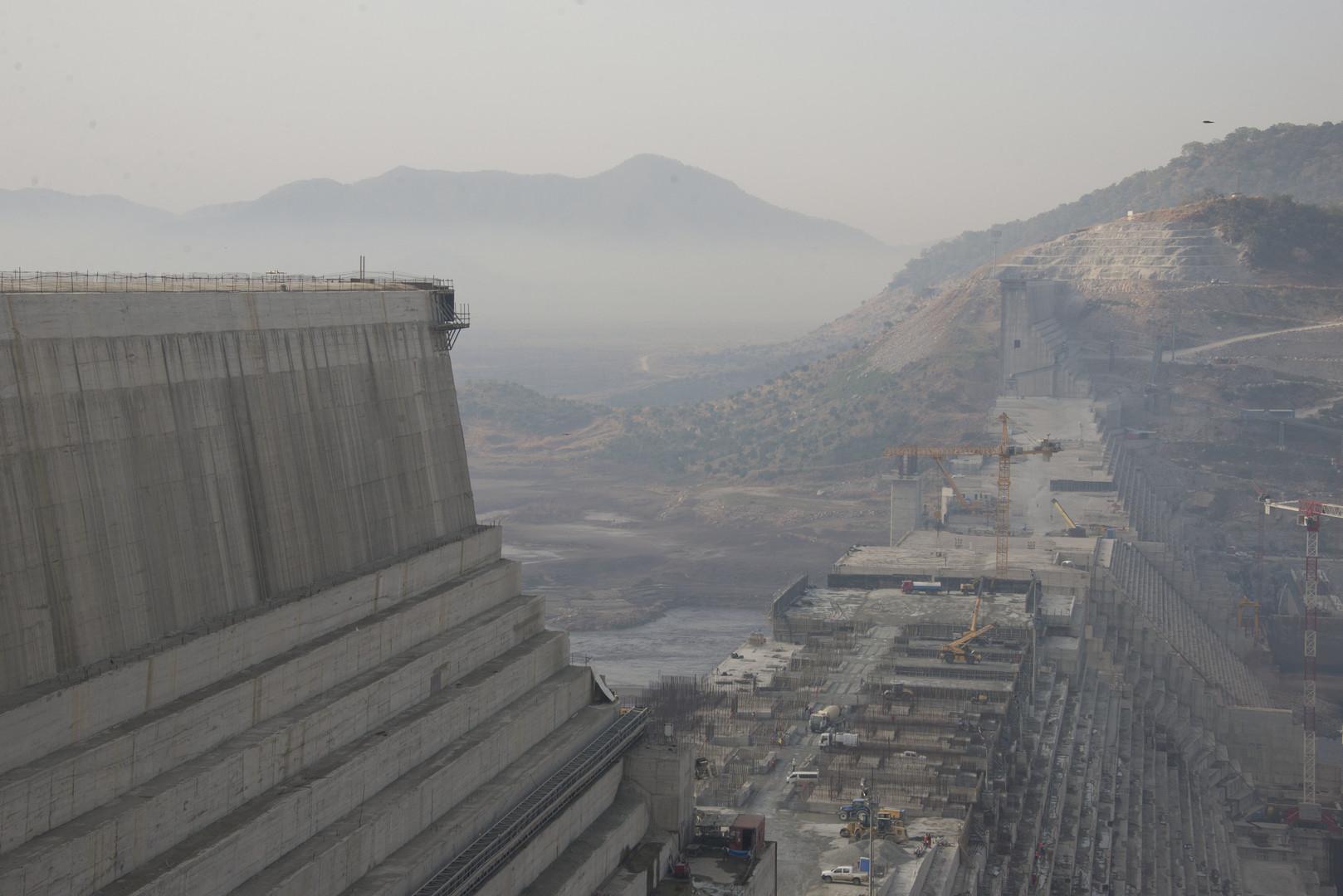 """مصر تراقب """"سد النهضة"""" الإثيوبي بقمر صناعي"""