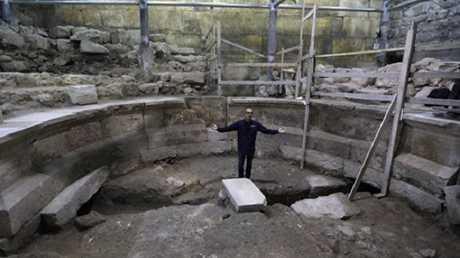 اكتشاف 500 قطعة أثرية في الصين
