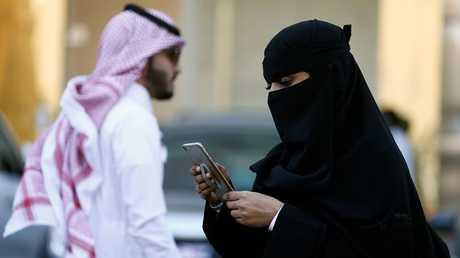 استخدام الموبايل في السعودية
