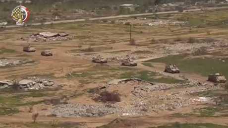 الجيش المصري يواصل عملياته في سيناء