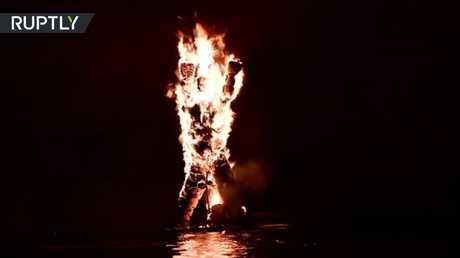إحراق مجسم يهوذا الإسخريوطي في اليونان