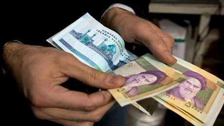 المركزي الإيراني: على مالكي أكثر من 10 آلاف يورو إيداعها أو بيعها