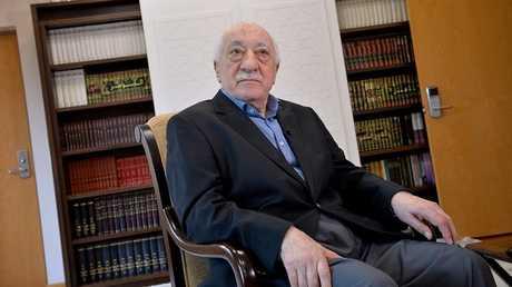 رجل الدين التركي المقيم في الولايات المتحدة فتح الله غولن