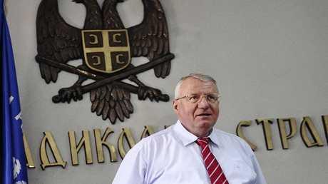 فويسلاف شيشيل زعيم الحزب الراديكالي الصربي، أحد قادة قوات الصرب أثناء الحرب في البوسنة